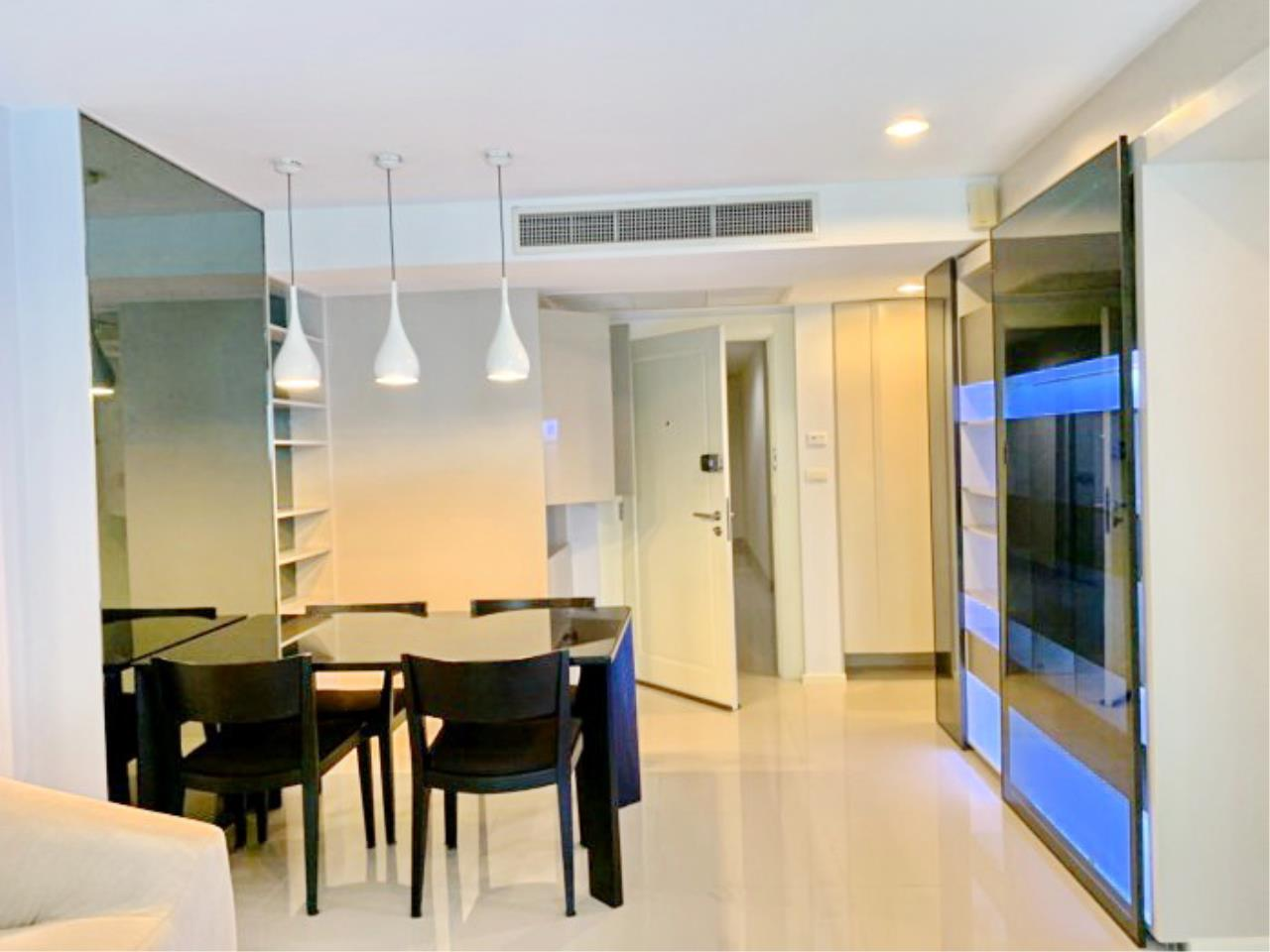 Propodyssey Agency's Nice 2 bedrooms for rent at Sukhumvit 24 close to BTS Prompong 3