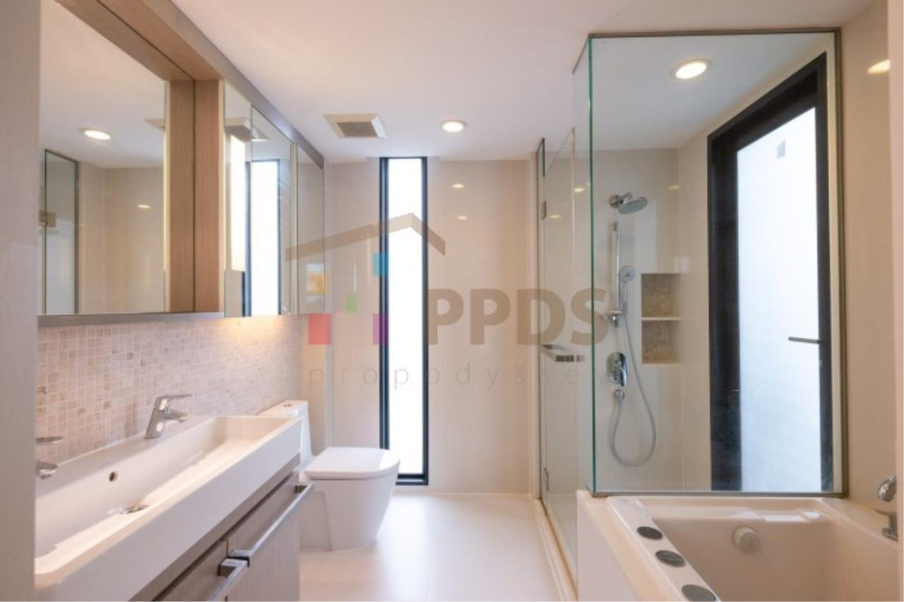 Propodyssey Agency's The Mode Sukhumvit 61 Condo for rent 2 bedrooms top floor 5