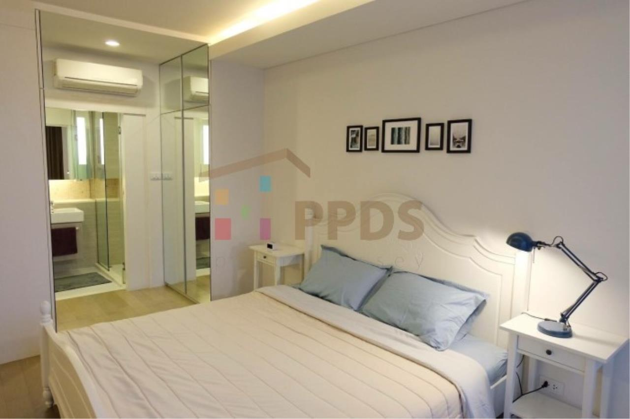 Propodyssey Agency's Specious 1 bedroom close to Ekkamai BTS Station 2