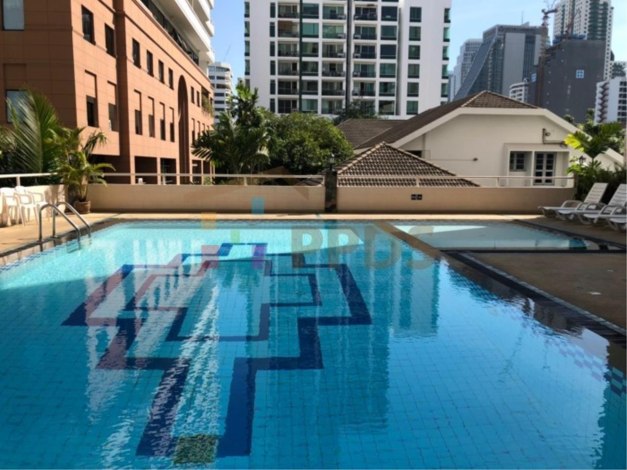 Propodyssey Agency's Sell 2 beds condo 175 sq.m with maid area at Prestige Tower Sukhumvit 23 14