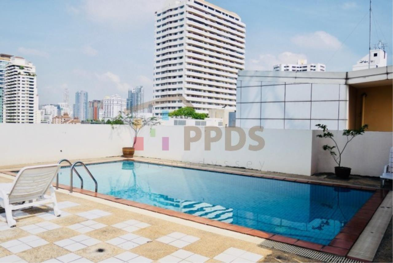 Propodyssey Agency's 2 bedrooms condo for sale on Sukhumvit 49 only 5.6 MB ! 12