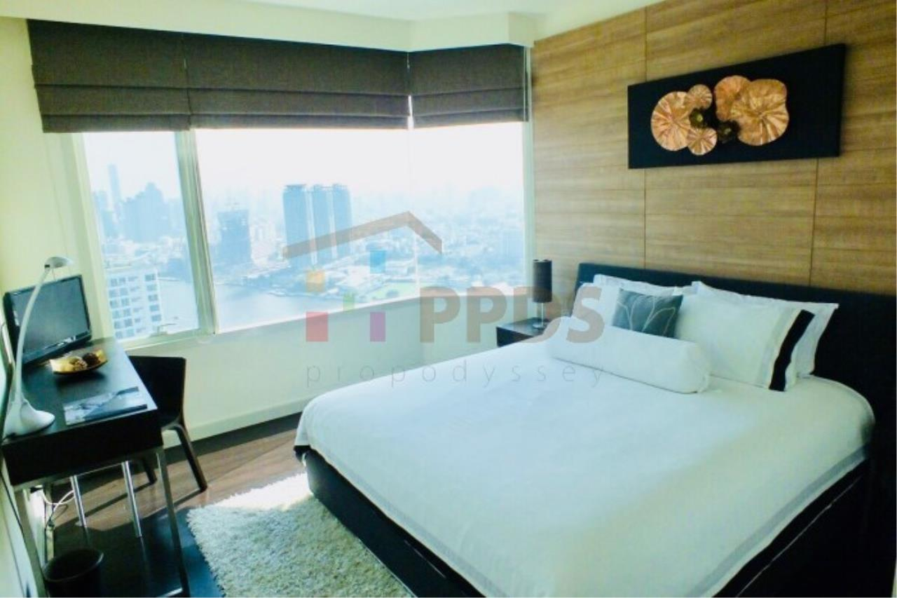 Propodyssey Agency's 4 bedrooms with incredible River and City View at WATERMARK CHAOPHRAYA RIVER 2