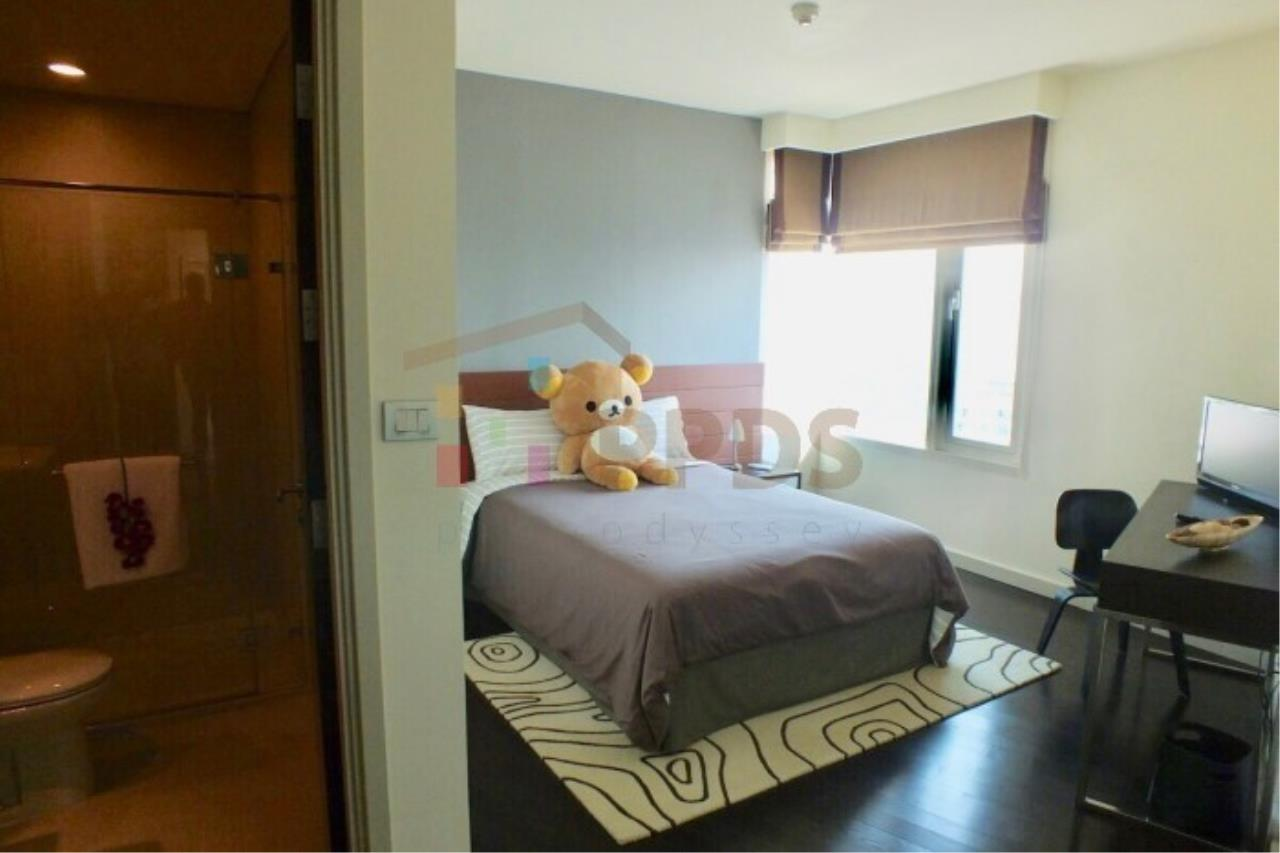 Propodyssey Agency's 4 bedrooms with incredible River and City View at WATERMARK CHAOPHRAYA RIVER 8