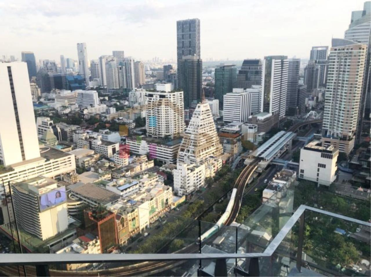 Propodyssey Agency's Ashton Silom - Sale Down Payment 2 beds Stack Floor Type A on high floor & Mahanakorn View 24