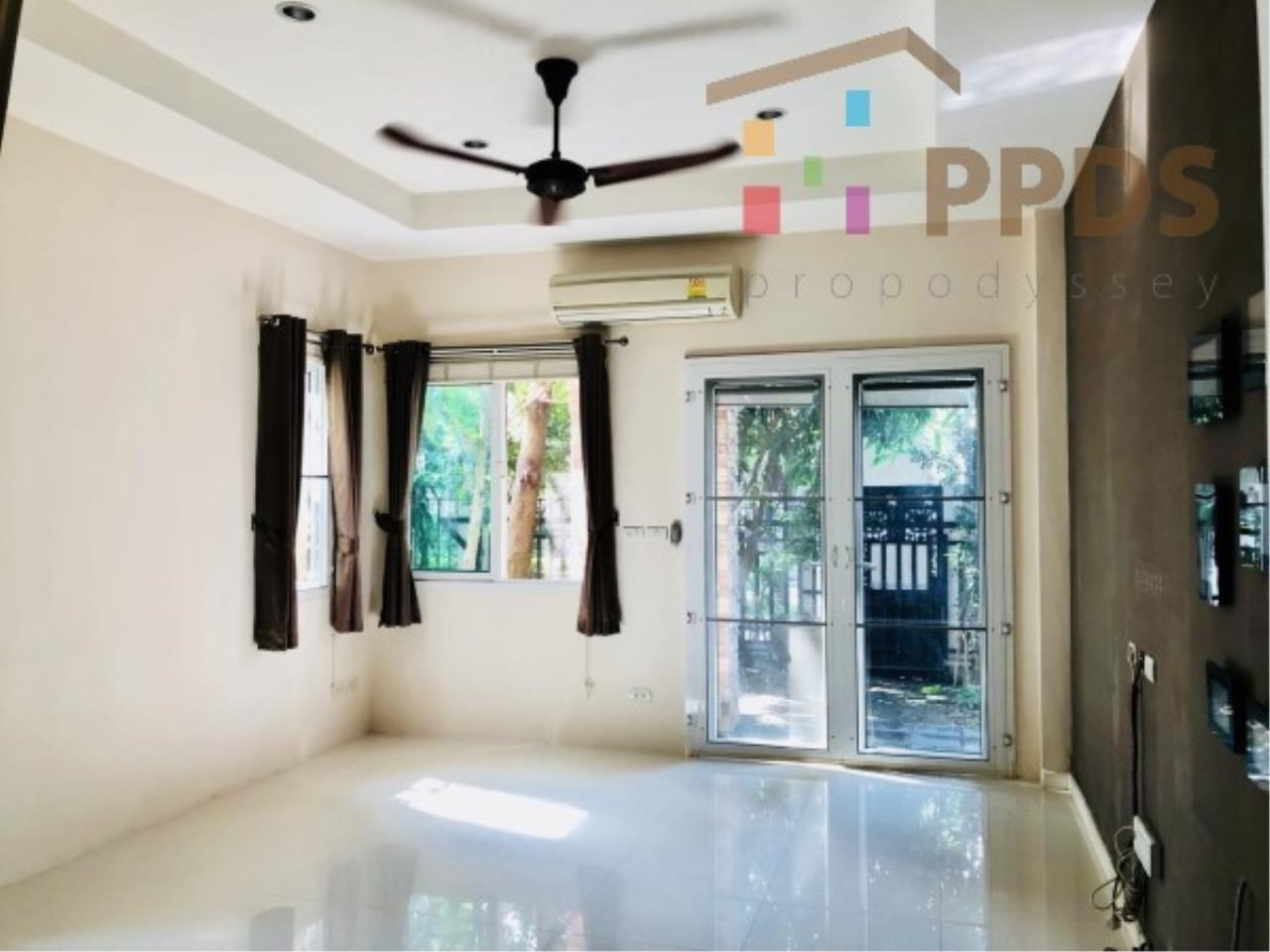 Propodyssey Agency's Fire Sale excellent house 4 bedrooms good condition and ready to move in near Mega Bangna and Airport 6