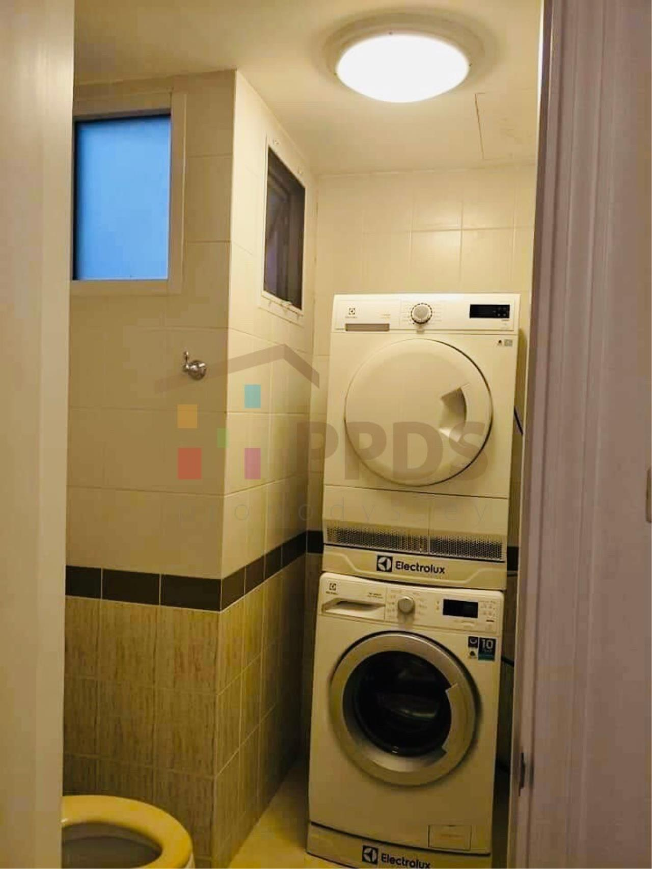 Propodyssey Agency's Specious 4 bedrooms townhouse for sale with tenant at Sukhumvit 101/1 - Punnawithi 18