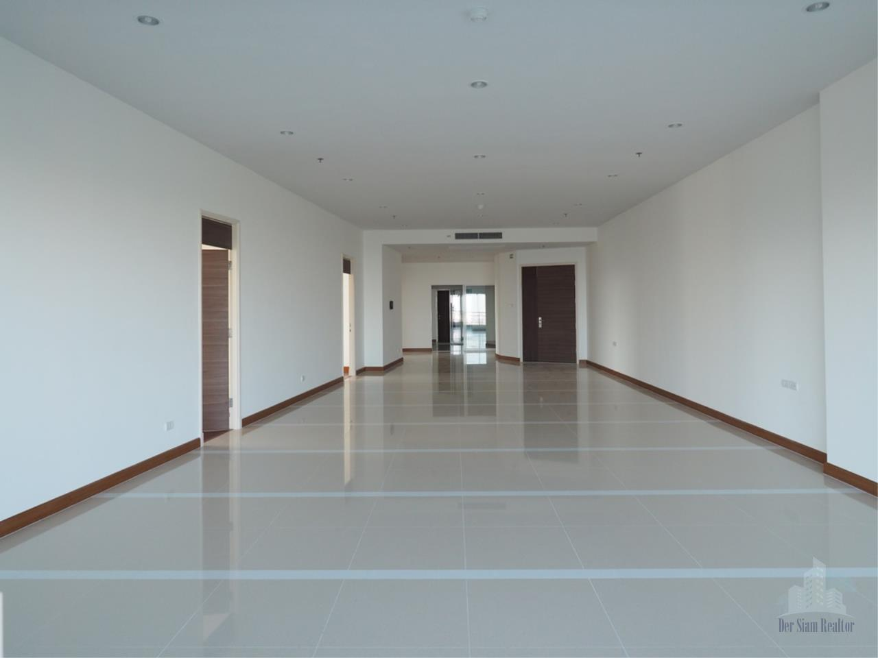 Smart Asset Management Agency's Best Unit!! For Rent Supalai Prima Riva   4 bedrooms  355.55 sqm. 1