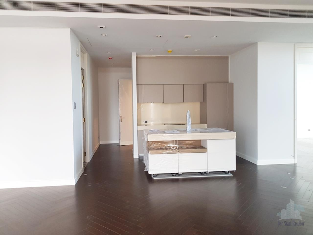 Smart Asset Management Agency's Best Unit!! For Rent  Marque near BTS Phromphong  /   3 bedroom   189 sq.m. 3