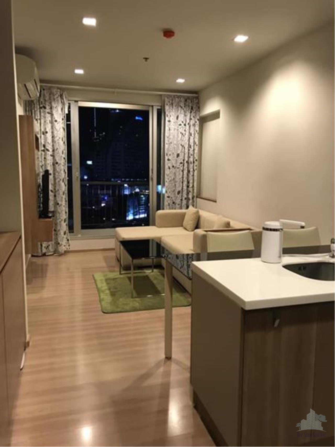 Smart Asset Management Agency's Best Unit!! For Rent Rhythm Sathorn 21 near BTS Saphan Taksin station  / 1 bed  45 sq.m. Tower S 4