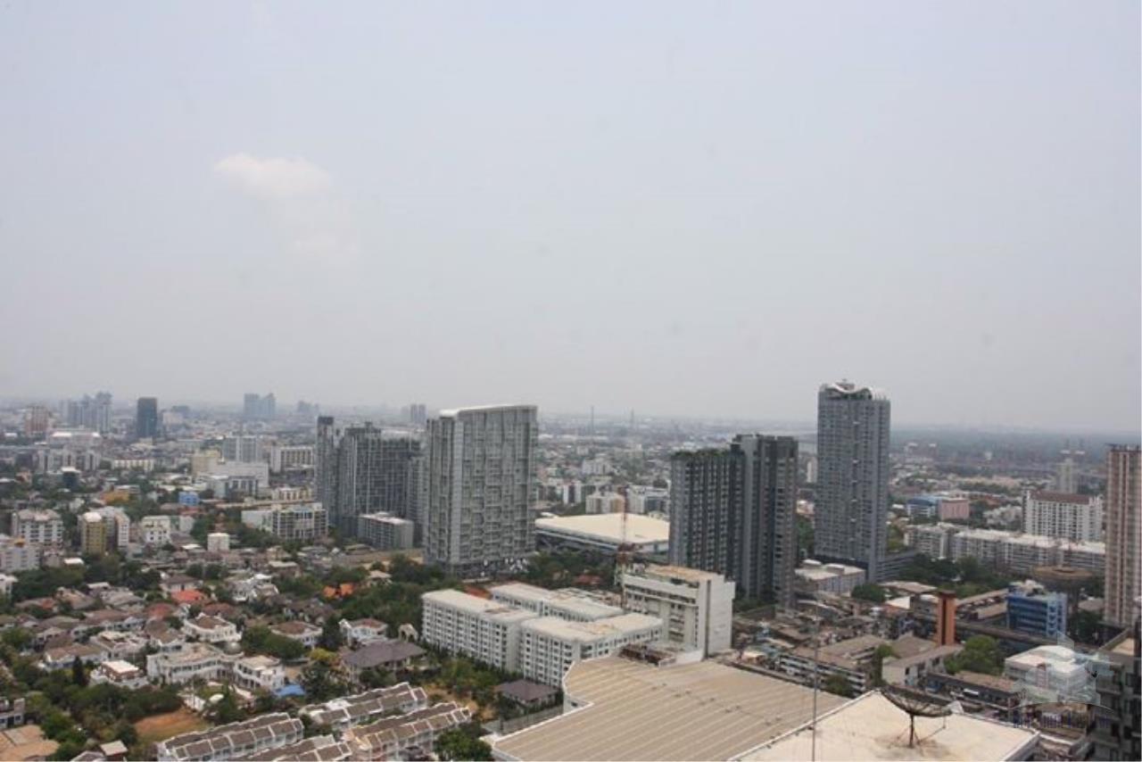 Smart Asset Management Agency's Best Unit!! For Rent The base sukhumvit  77 near BTS Onnut / 1 bedroom  30.65 sq.m.  Tower B 12