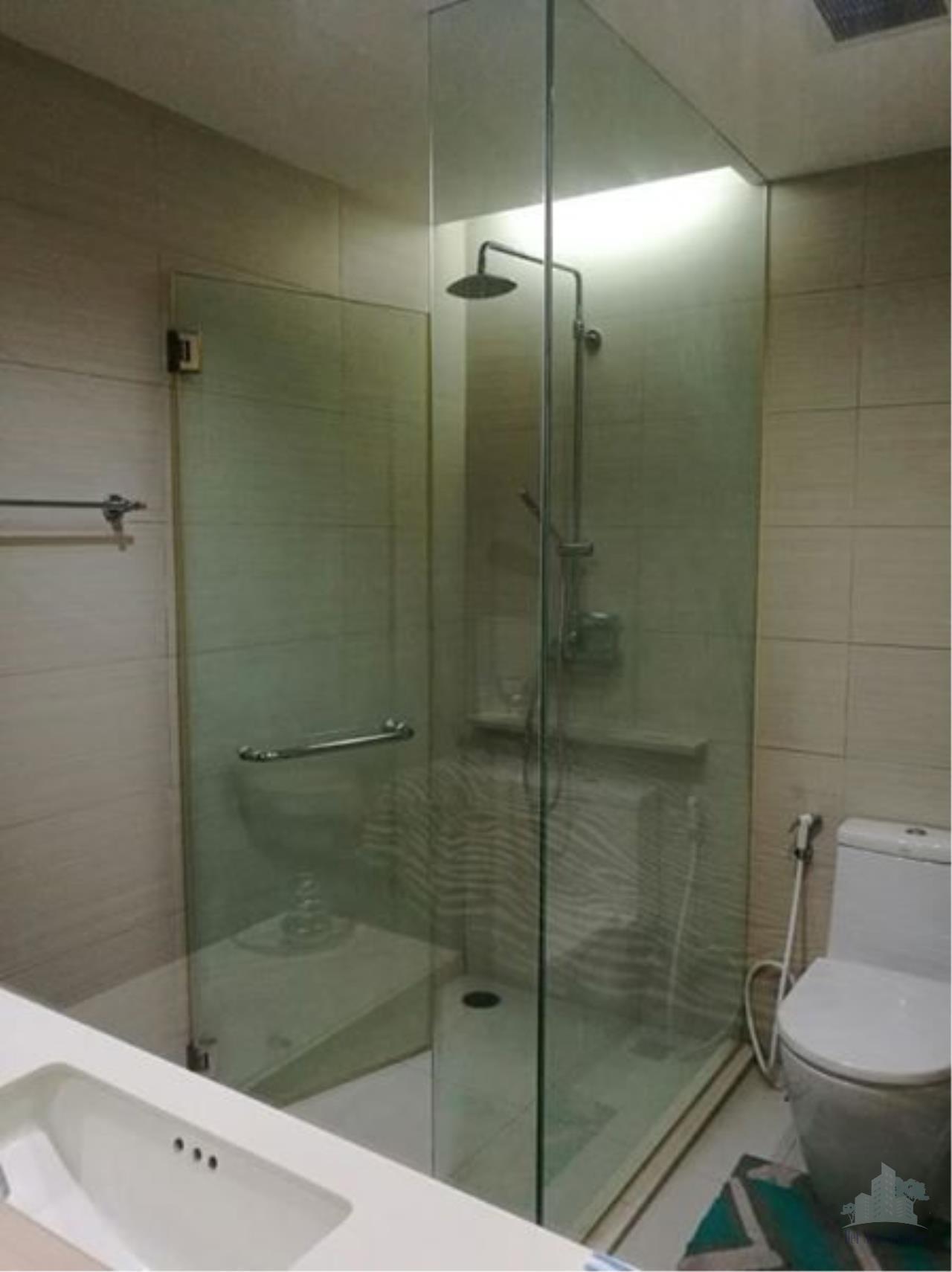 Smart Asset Management Agency's Best Unit!! For Sell & Rent Siri @ sukhumvit near BTS ekkamai & thonglor /   1 bedroom  1 bathroom   51 sq.m.  12