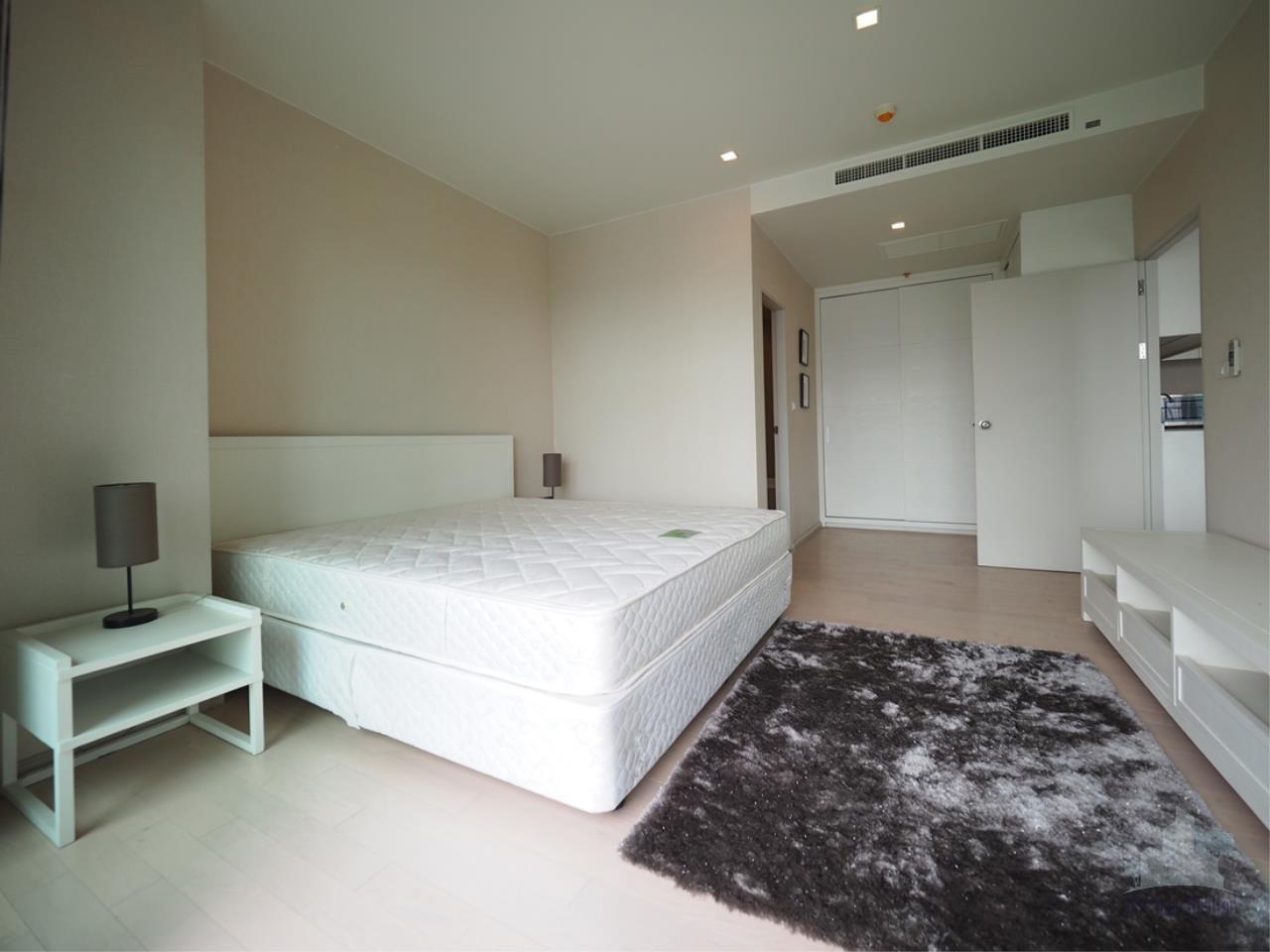 Smart Asset Management Agency's Best Unit!! For Rent Noble Solo condominium  /  1 bedroom  53.1 sq.m. 2