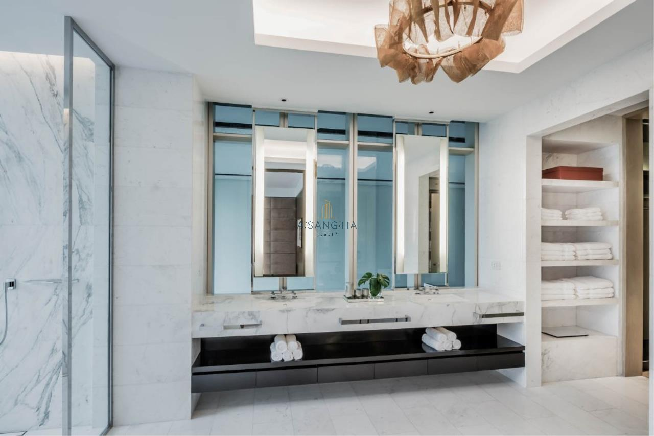 Asangha Realty Agency's 2 Bedrooms for sale at Four Seasons Private Residences  4