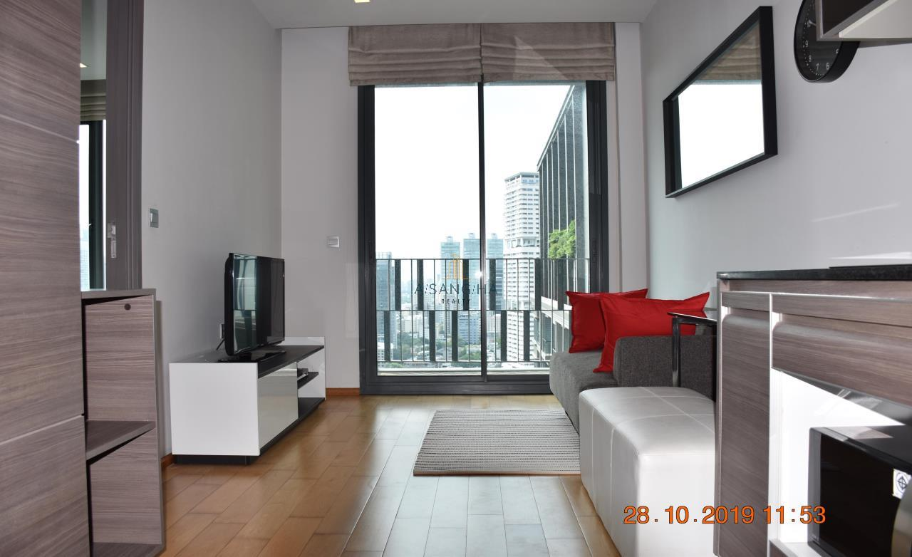 Asangha Realty Agency's For Rent - KEYNE BY SANSIRI at Thonhlo 1 bed reat  Very High Floor with great view   1