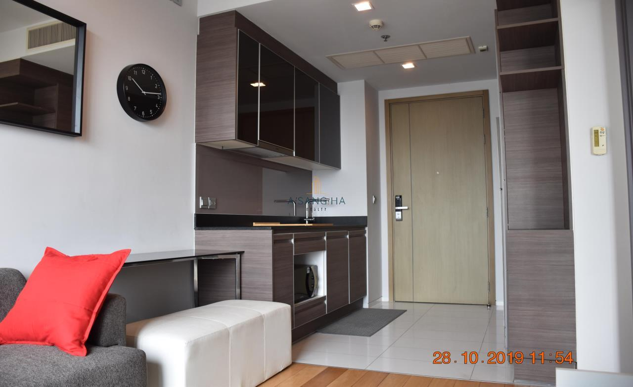 Asangha Realty Agency's For Rent - KEYNE BY SANSIRI at Thonhlo 1 bed reat  Very High Floor with great view   2