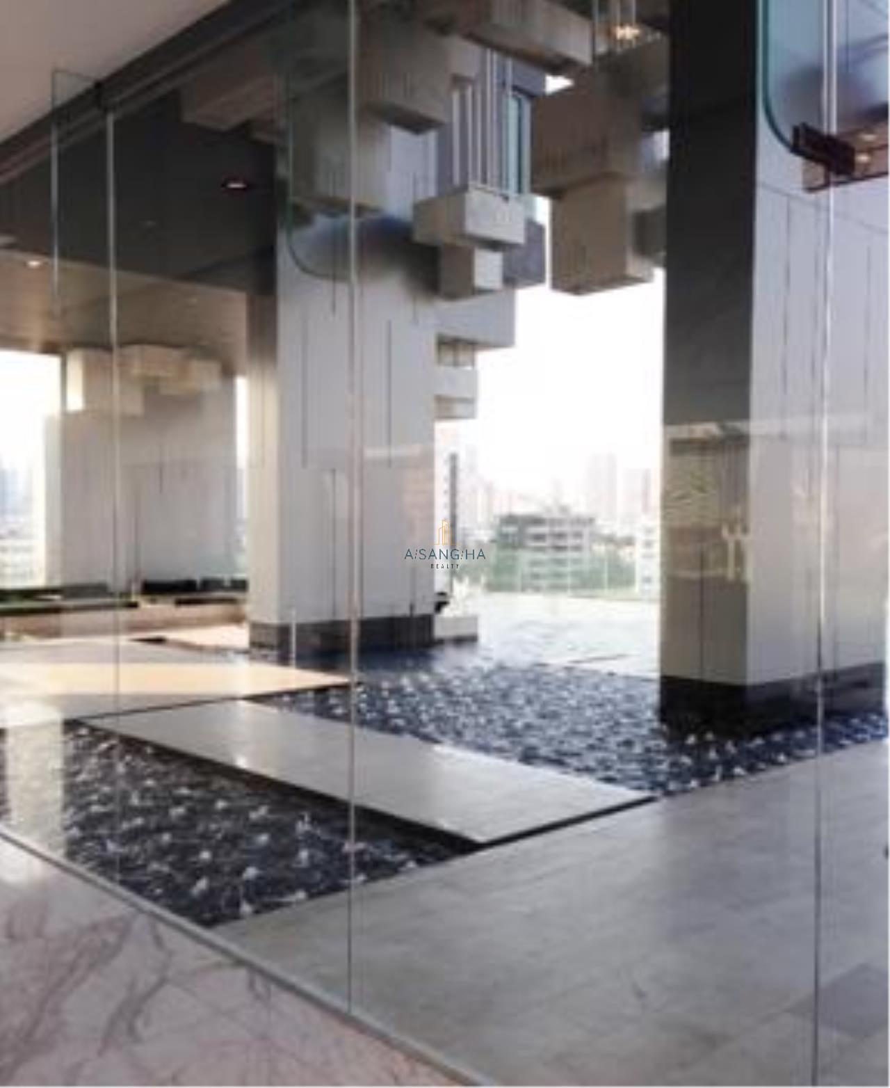 Asangha Realty Agency's For Rent - KEYNE BY SANSIRI at Thonhlo 1 bed reat  Very High Floor with great view   14