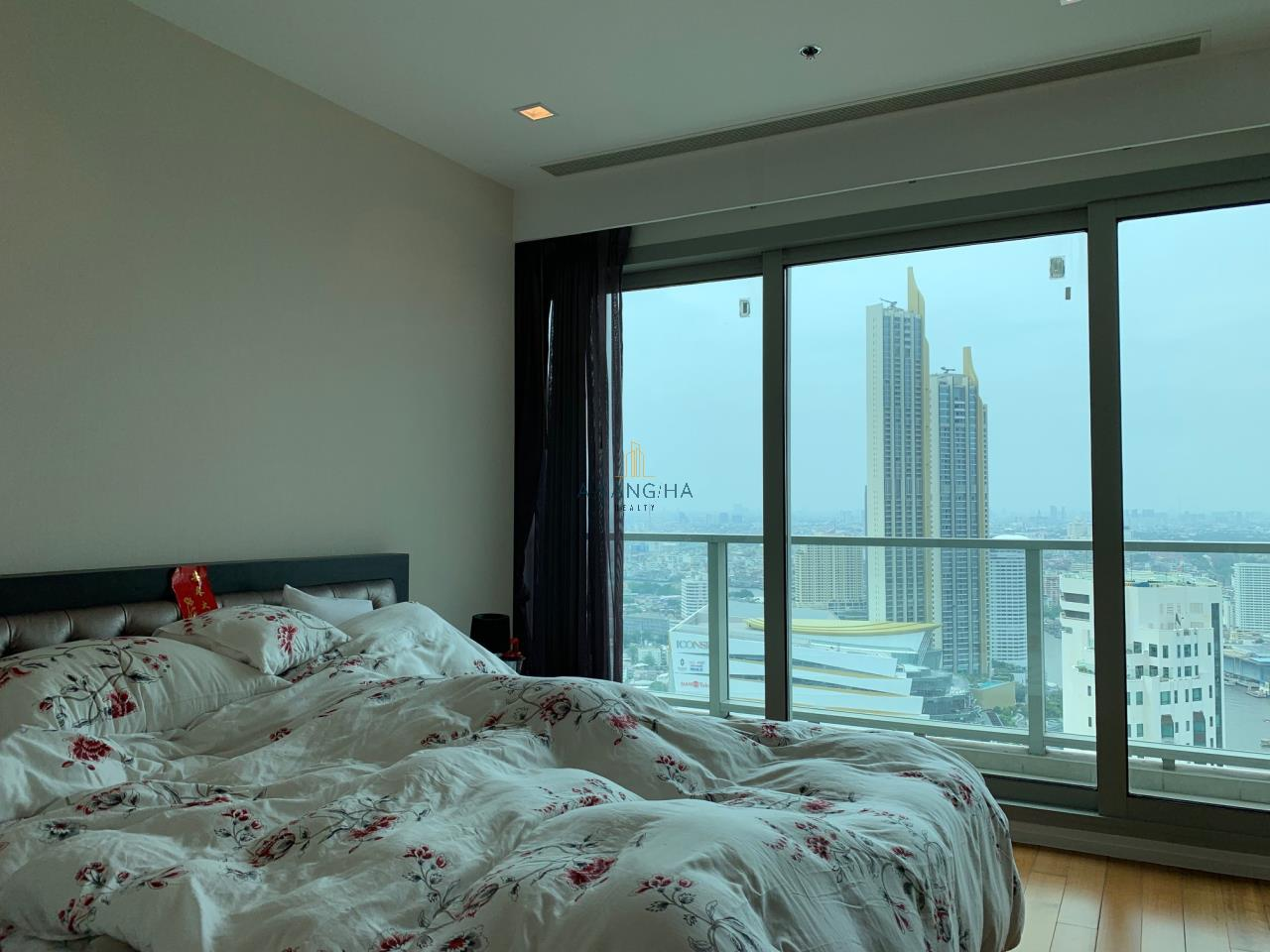 Asangha Realty Agency's Sell The River condominium  2 Bedrooms  (Iconsiam View ) 7