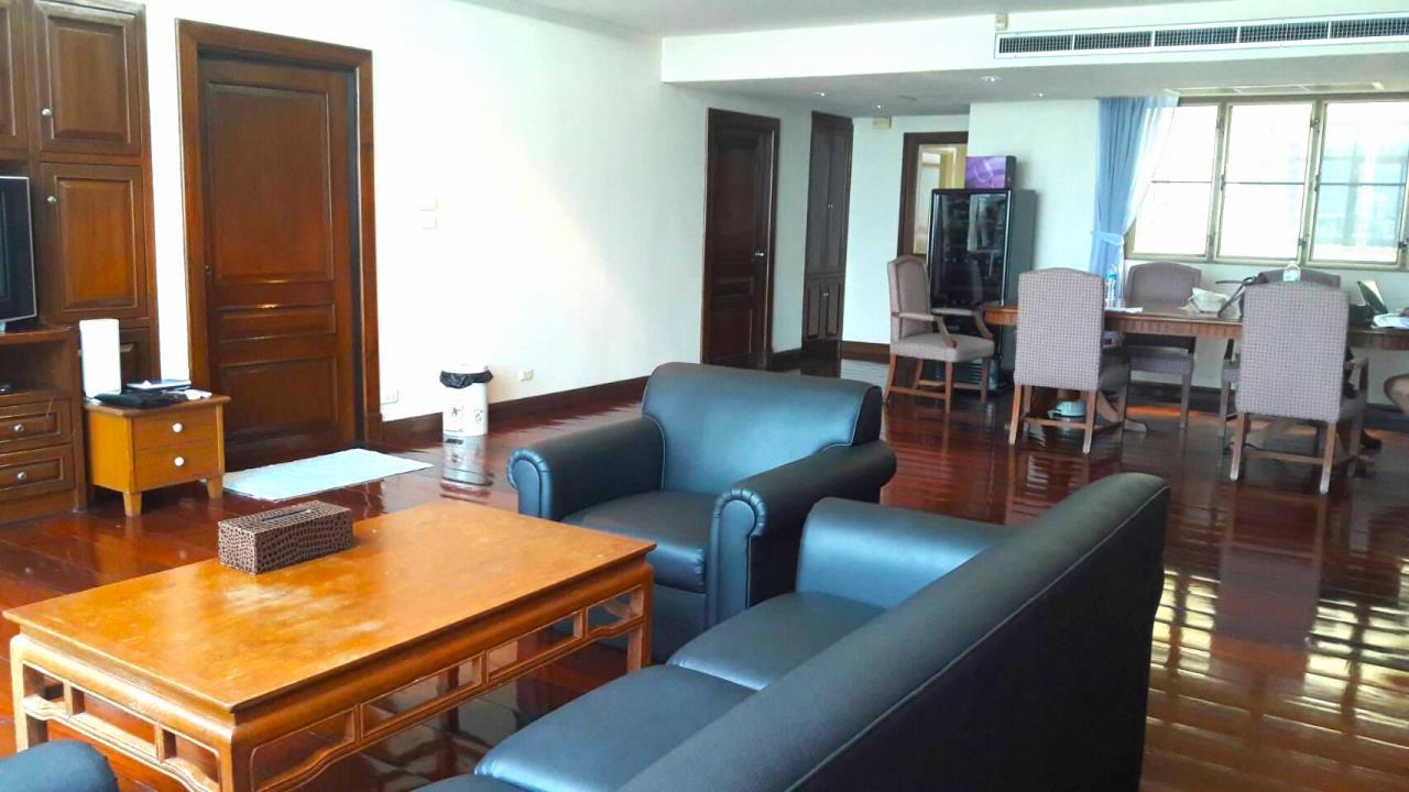 Edman & Partners Co.,Ltd. Agency's The Waterford Condominium 3