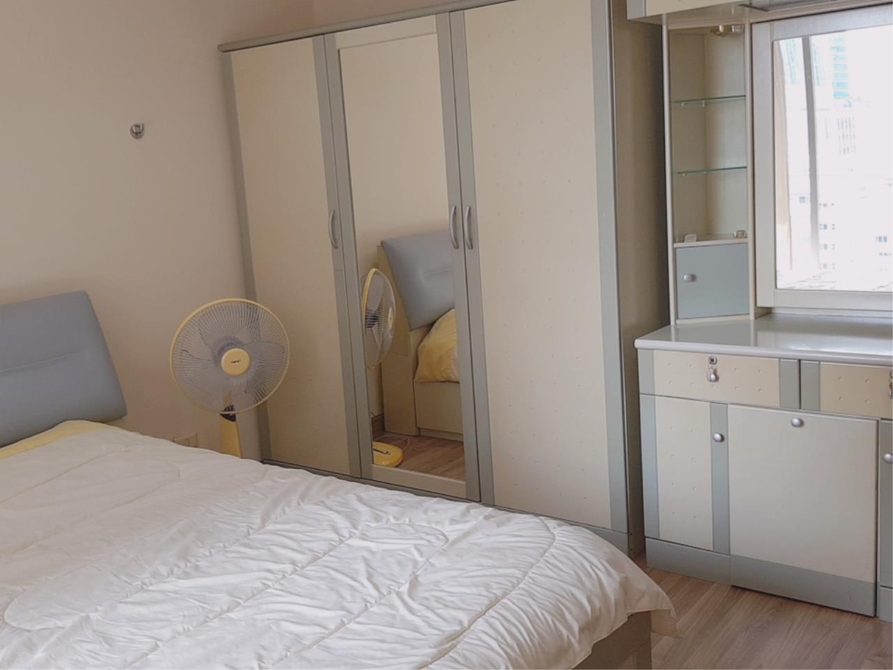 Edman & Partners Co.,Ltd. Agency's Asoke Place 2 Beds 17