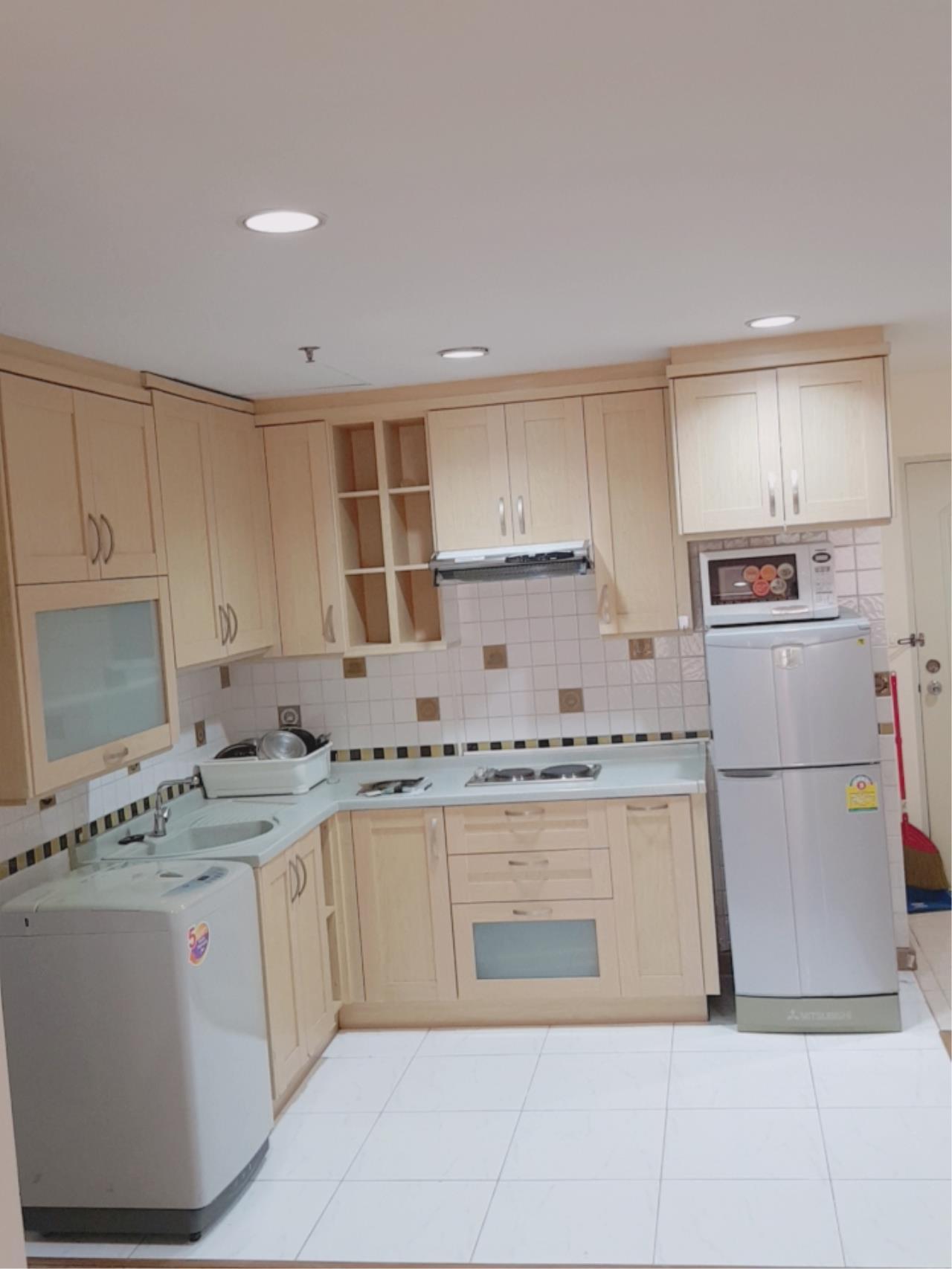 Edman & Partners Co.,Ltd. Agency's Asoke Place 2 Beds 2