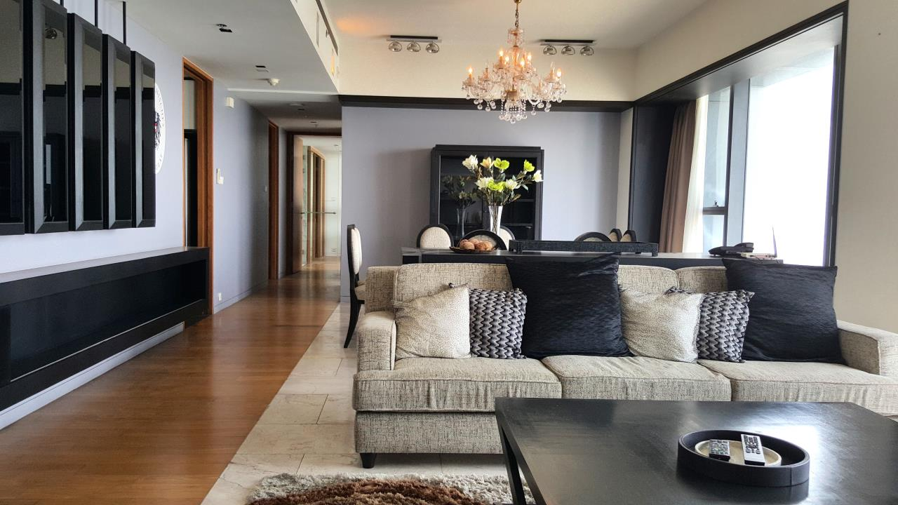 Edman and Partners Co.,Ltd Agency's The Met 3BR for Rent 6
