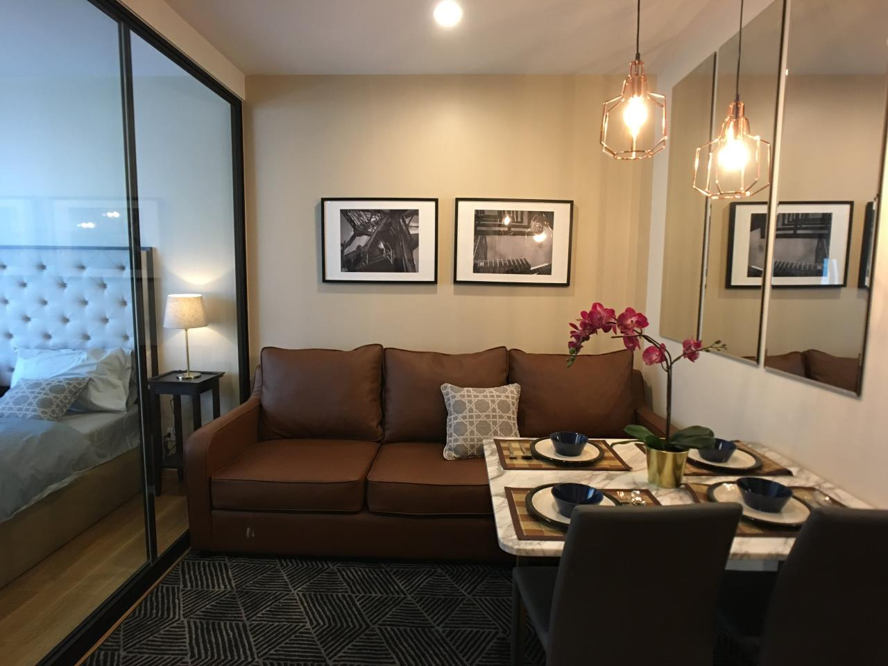 Edman & Partners Co.,Ltd. Agency's  Noble Revo Silom one bedroom 33sqm.  25,000 Baht/month 2