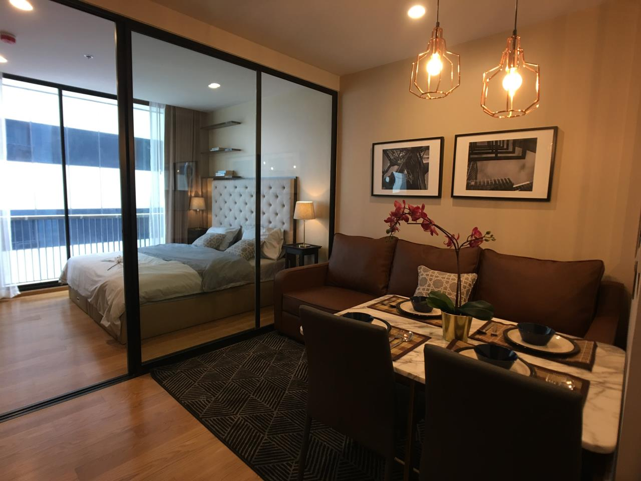 Edman & Partners Co.,Ltd. Agency's  Noble Revo Silom one bedroom 33sqm.  25,000 Baht/month 4