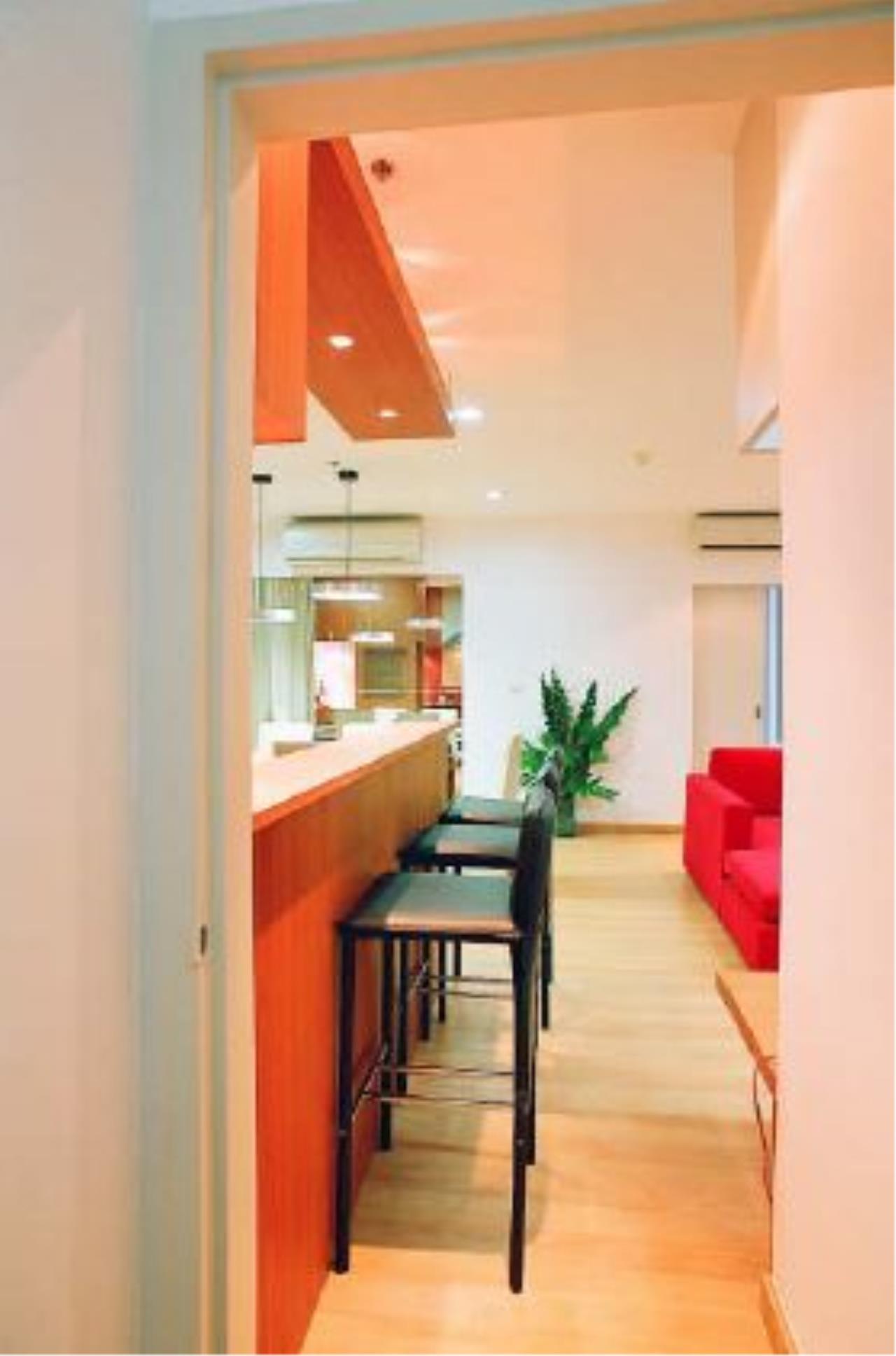 Edman & Partners Co.,Ltd. Agency's Silom Grand Terrace 8