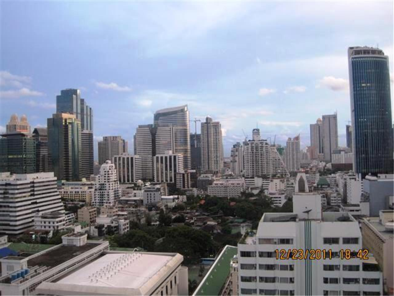 Edman & Partners Co.,Ltd. Agency's Silom Grand Terrace 4
