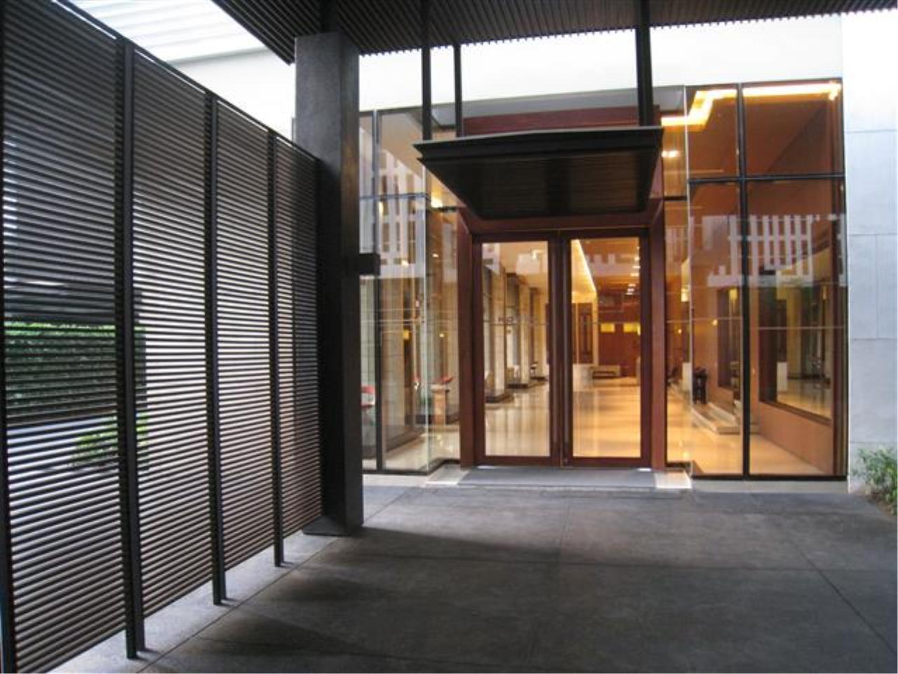 Edman & Partners Co.,Ltd. Agency's Emporio Place 5