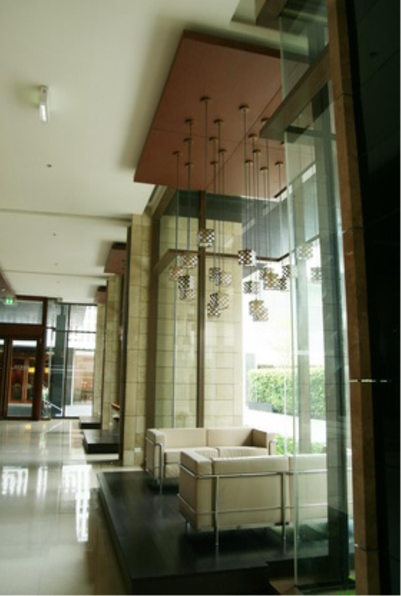 Edman & Partners Co.,Ltd. Agency's Emporio Place 26