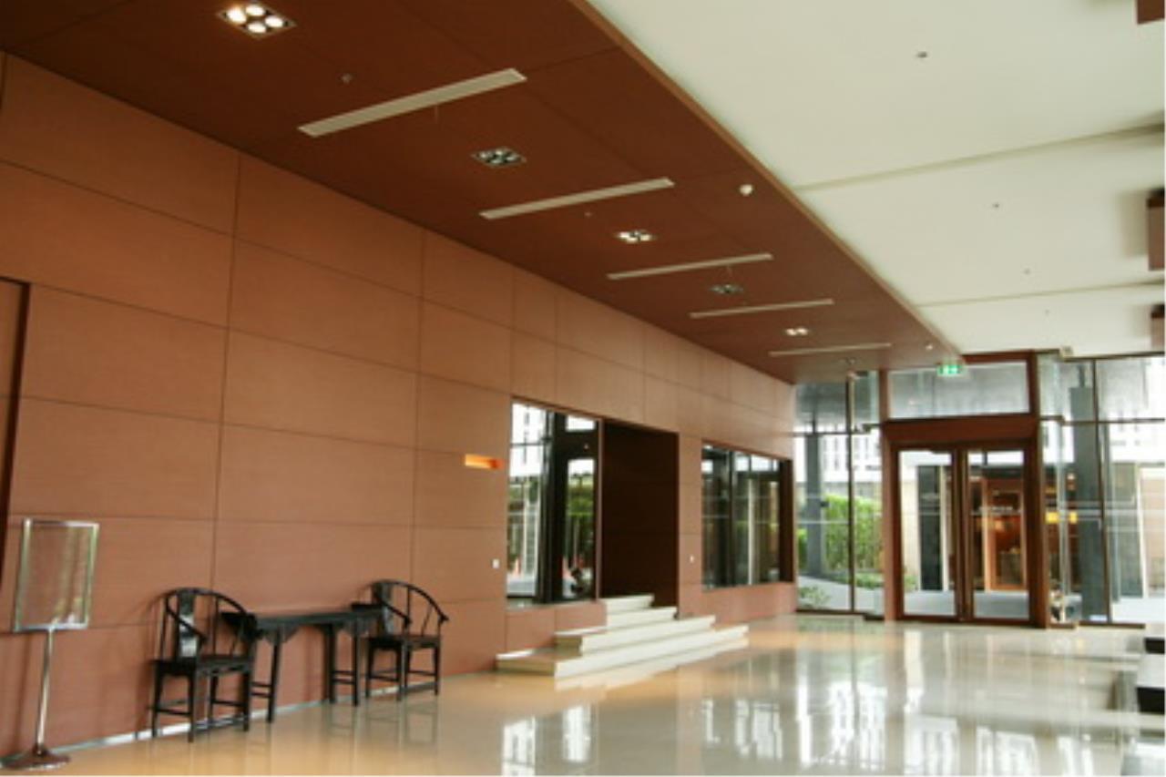Edman & Partners Co.,Ltd. Agency's Emporio Place 23