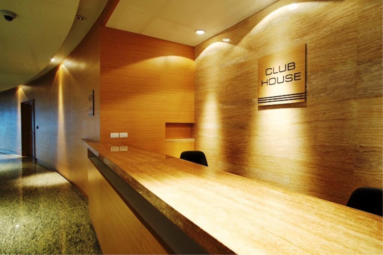 Edman & Partners Co.,Ltd. Agency's Millennium Residence 21