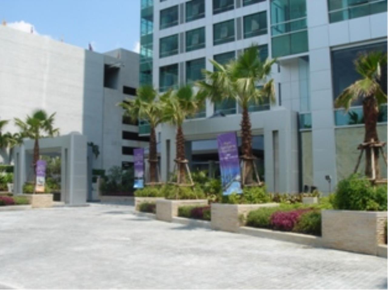Edman and Partners Co.,Ltd Agency's Baan Sathorn Chaophraya 42