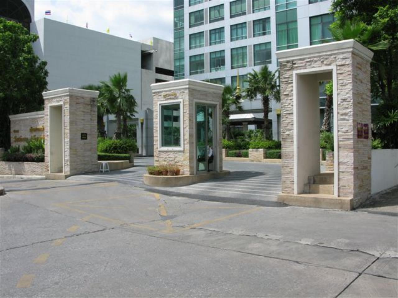 Edman and Partners Co.,Ltd Agency's Baan Sathorn Chaophraya 26
