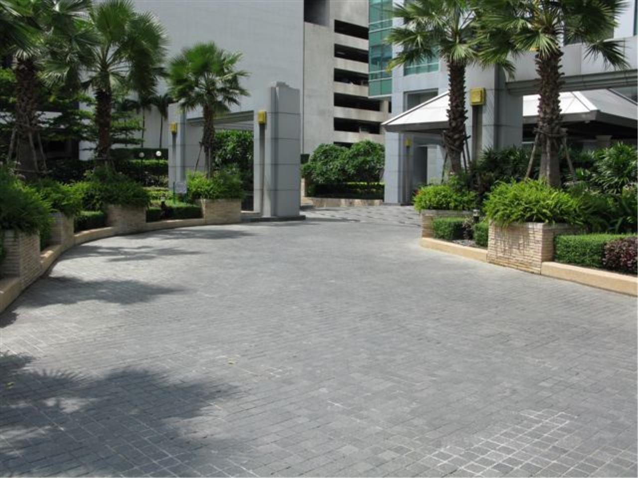 Edman and Partners Co.,Ltd Agency's Baan Sathorn Chaophraya 24