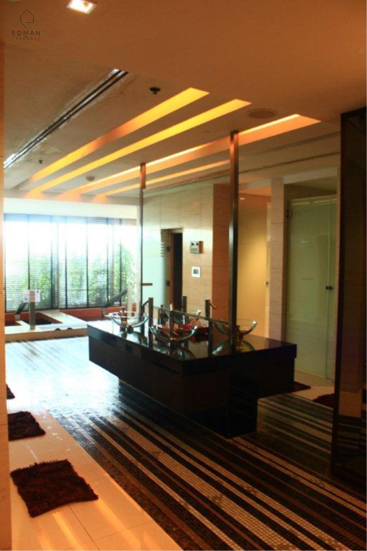 Edman & Partners Co.,Ltd. Agency's Circle Condominium 9