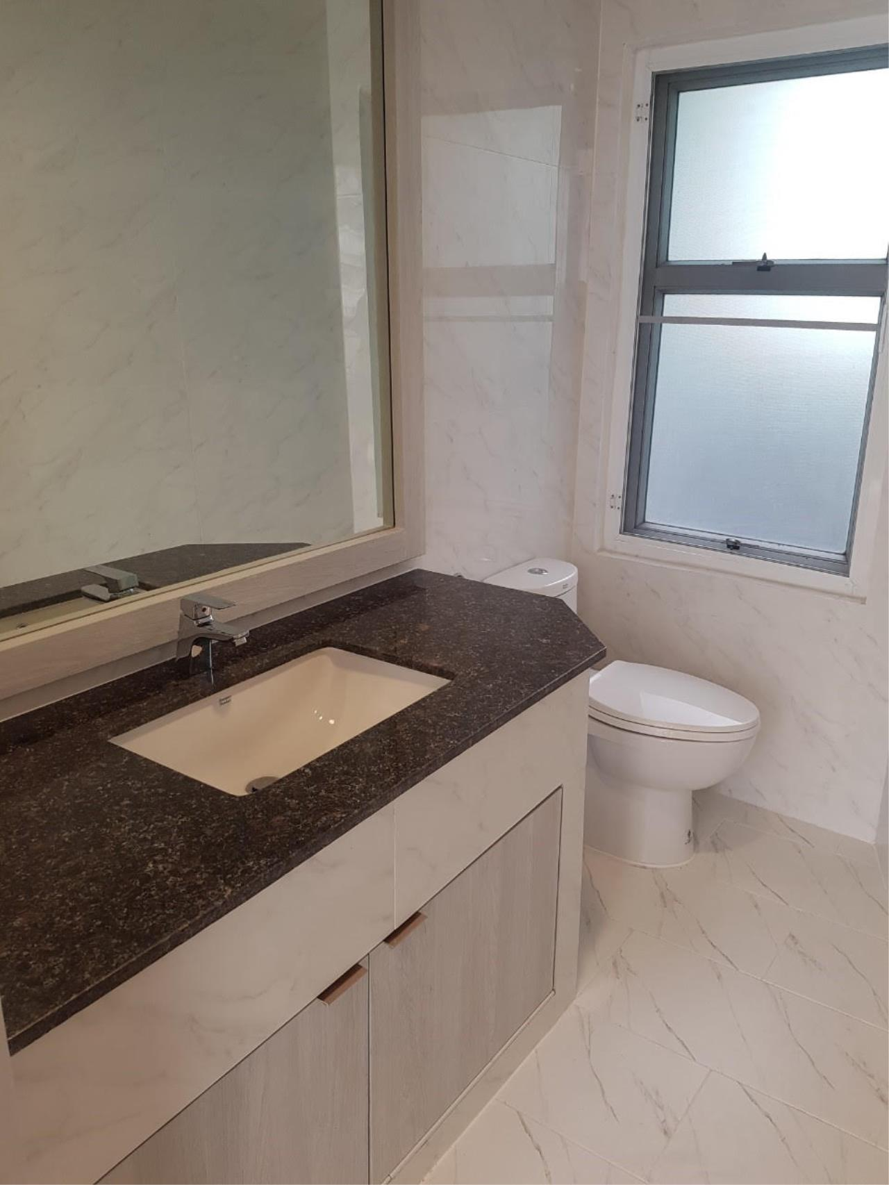 Edman and Partners Co.,Ltd Agency's Newly renovation 4 bedroom Room for rent - Raj Mansion   14