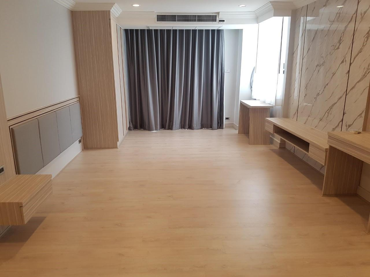 Edman and Partners Co.,Ltd Agency's Newly renovation 4 bedroom Room for rent - Raj Mansion   9