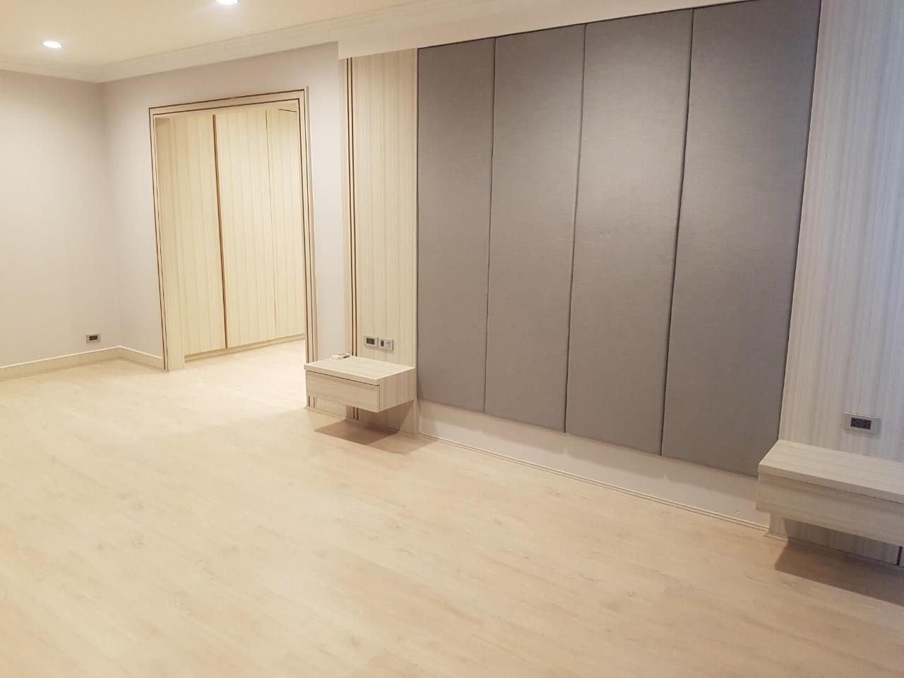 Edman and Partners Co.,Ltd Agency's Newly renovation 4 bedroom Room for rent - Raj Mansion   2