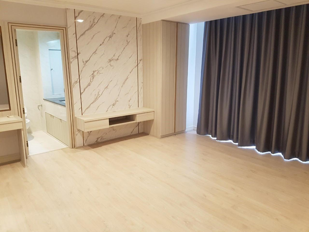 Edman and Partners Co.,Ltd Agency's Newly renovation 4 bedroom Room for rent - Raj Mansion   6