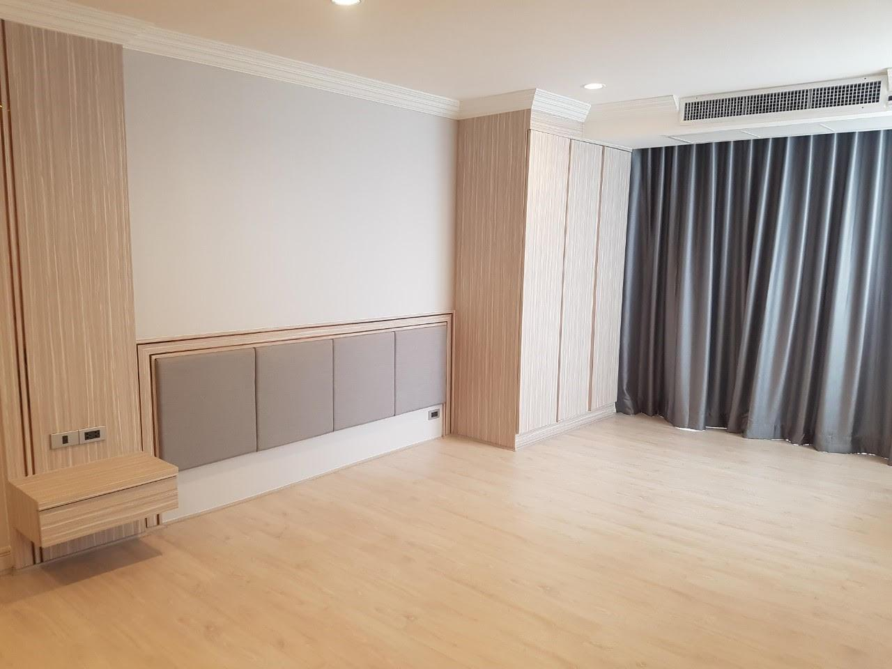 Edman and Partners Co.,Ltd Agency's Newly renovation 4 bedroom Room for rent - Raj Mansion   11
