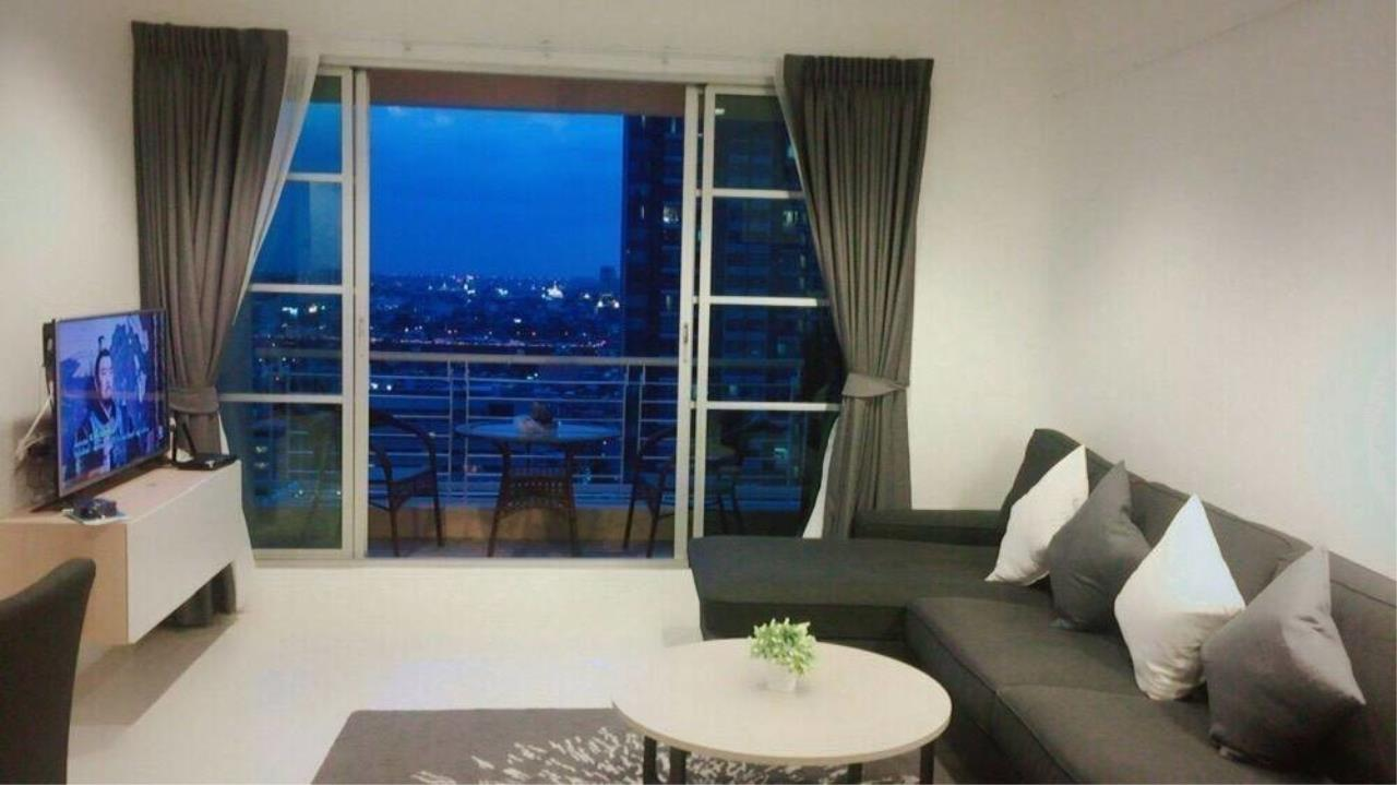 Agent - Thitiporn Sriboola Agency's Baan Klang Krung Siam-Pathumwan, High rise condo for rent, near  Ratchathewi 260 m / 4 minutes by foot 2