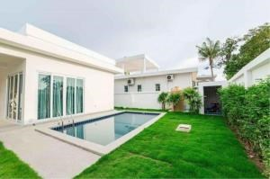 RE/MAX Town & Country Property Agency's Luxury Villa for sale 1