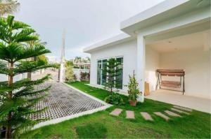 RE/MAX Town & Country Property Agency's Luxury Villa for sale 2
