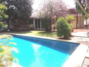 RE/MAX Town & Country Property Agency's 2 Houses with Swimming pool in the middle for sale in Baan Amphur 1