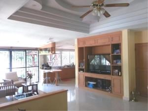 RE/MAX Town & Country Property Agency's 2 Houses with Swimming pool in the middle for sale in Baan Amphur 8