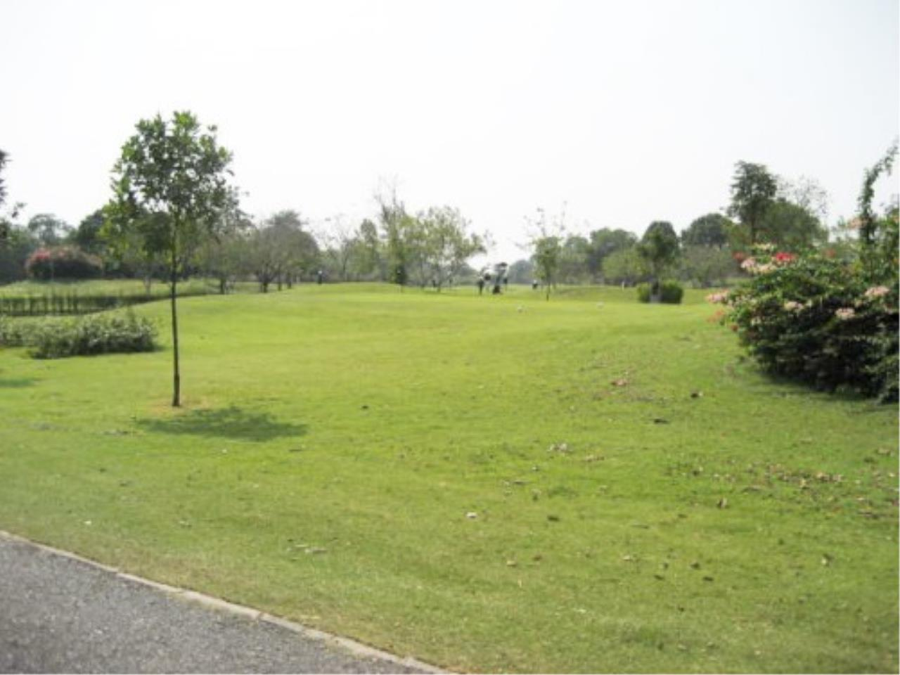 RE/MAX Town & Country Property Agency's Land on Phoenix Golf Course 1