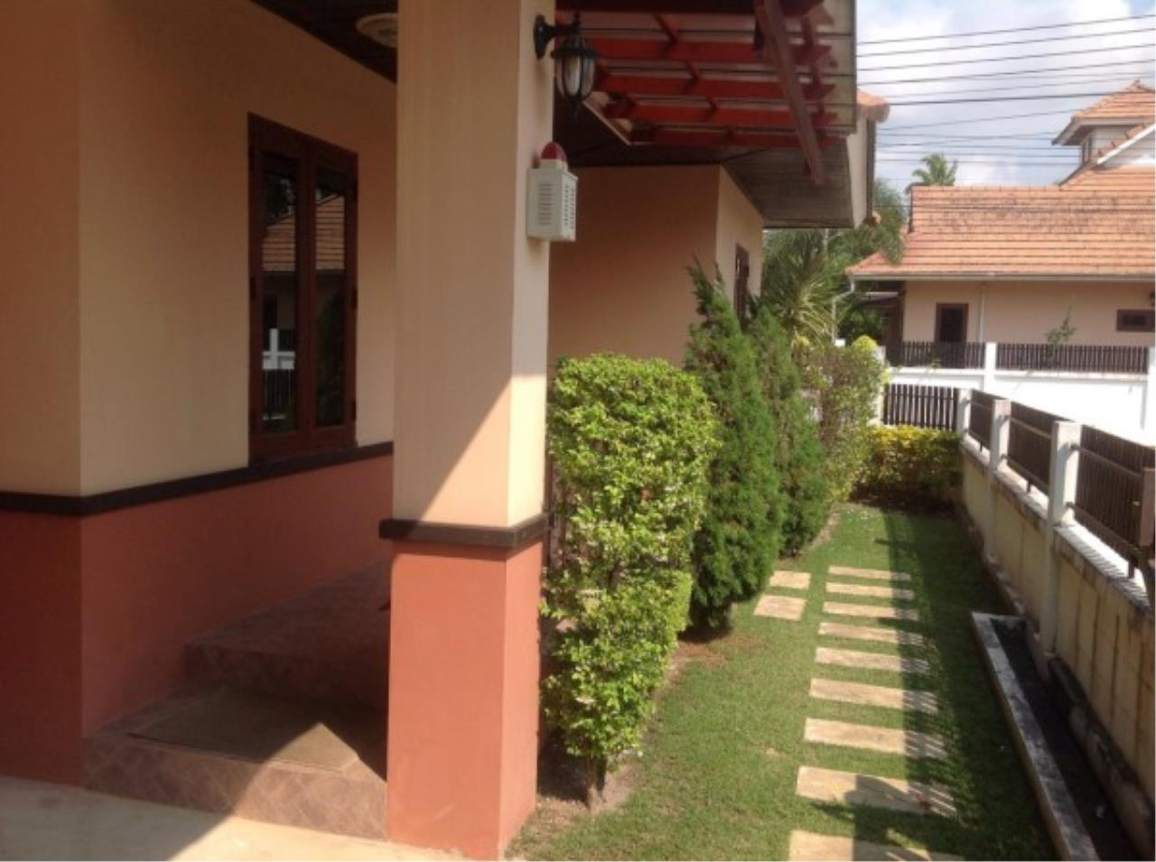 RE/MAX Town & Country Property Agency's 3 bedroom house for sale 4