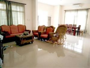 RE/MAX Town & Country Property Agency's House For Rent In Bangsaray 6